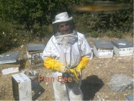 Abdel Nazer Masri œuvre depuis sept ans à la construction d'un centre apicole.